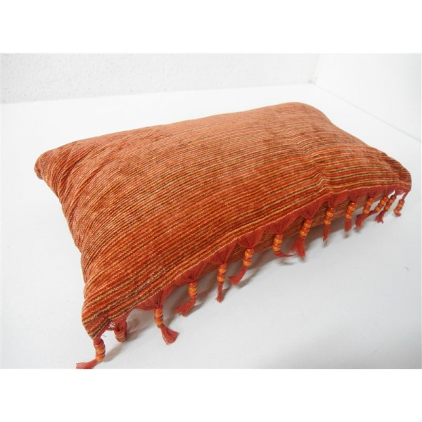Soggiorno con divano arancione ~ neburisky.net