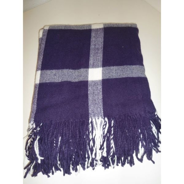 Plaid per divano 28 images plaid coperta foulard per divano paniker 120 x 180 cm plaid - Ragazze diva futura ...