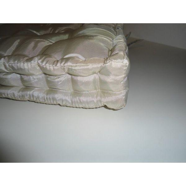 Cuscino arredo casa materasso tutto per il pulito for Cuscini materasso arredo